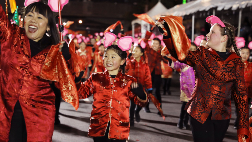 旧金山举行中国农历新年大巡游